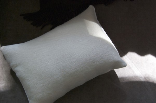 woolandlinencushion1